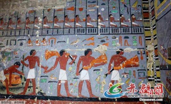 资料图:考古队还与国际埃及学研究团队合作,在塞加拉南部一座无名金字塔的一根柱子上发现了第五王朝一名王后的名字。该王后名叫塞蒂博尔,之前未见史料记载。